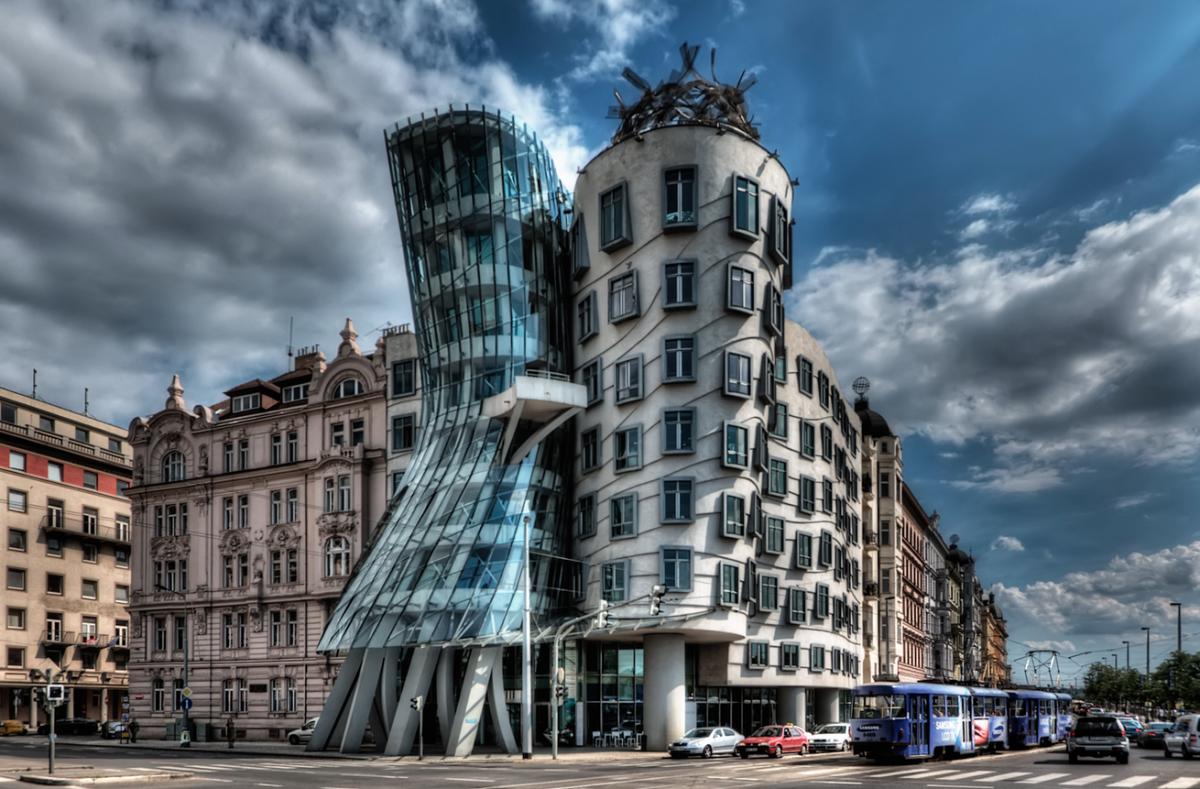Dancing Building