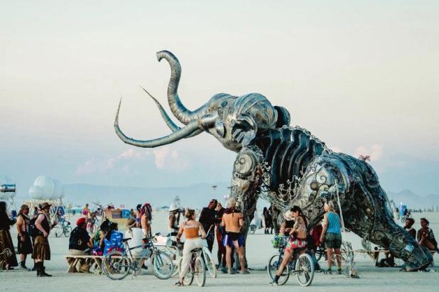 Monumental Mammoth